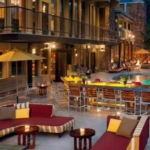 Bar & Pool @ Sky Hotel Aspen